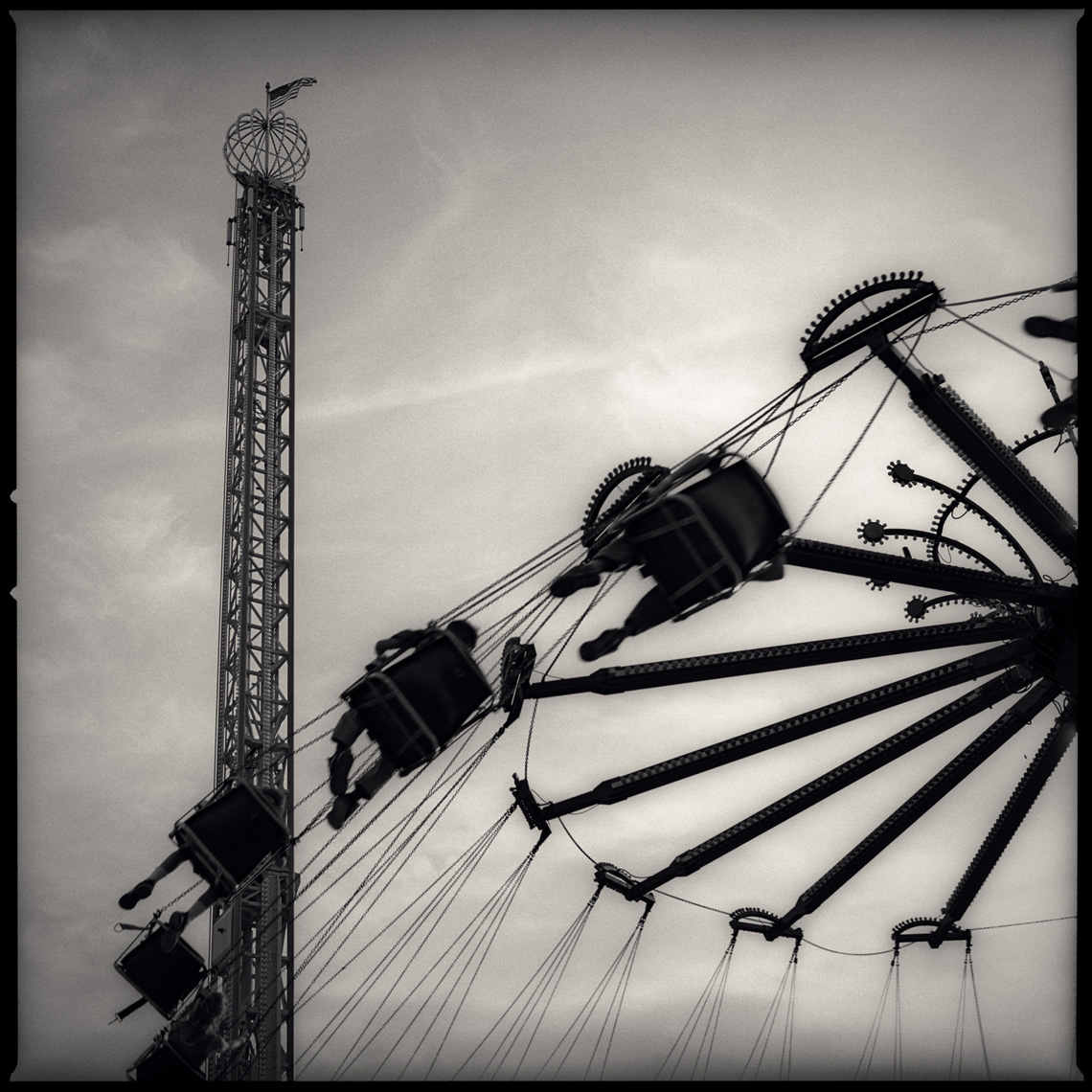 Sean Perry Photographs • And Around... from the series Fairgrounds
