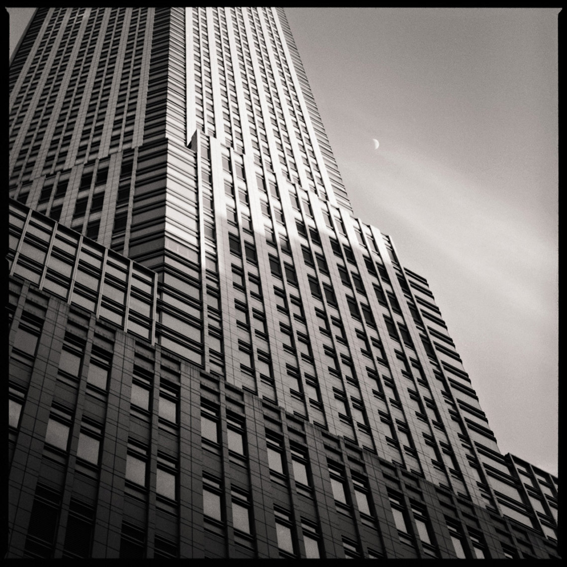 Sean Perry Photographs • JP Morgan Chase, from the series Monolith